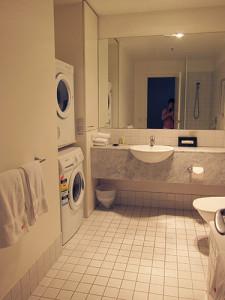 ph_bathroom