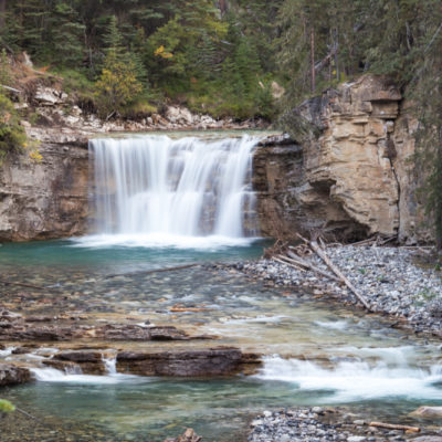 Canadian Rockies: Johnston Canyon, Lake Minnewanka + Johnson Lake